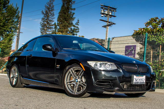 2011 BMW 335is  DUAL CLUTCH - 71K MILES - XENON - HTD STS Reseda, CA 4