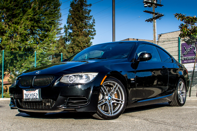 2011 BMW 335is  DUAL CLUTCH - 71K MILES - XENON - HTD STS Reseda, CA 2