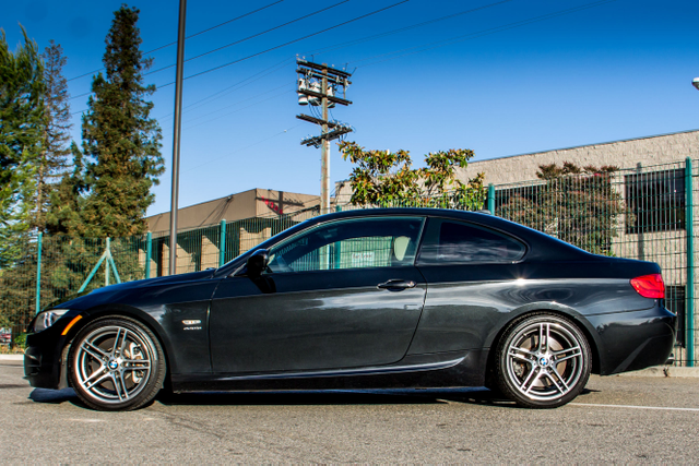 2011 BMW 335is  DUAL CLUTCH - 71K MILES - XENON - HTD STS Reseda, CA 5