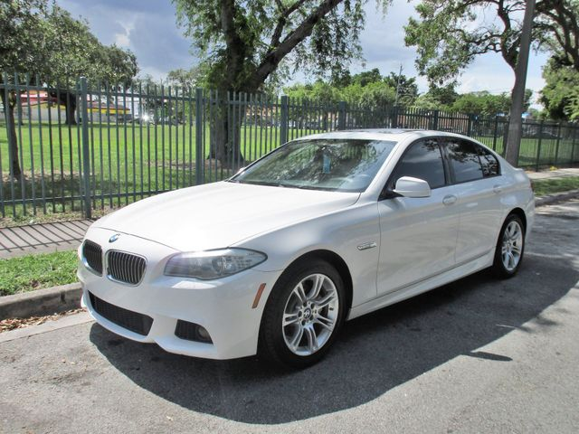 2011 BMW 528i Come and visit us at oceanautosalescom for our expanded inventoryThis offer exclud