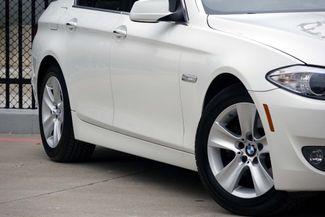 2011 BMW 528i 1-OWNER * Navigation * Sunroof * Cold Weather Pkg Plano, Texas 18