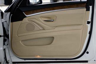 2011 BMW 528i 1-OWNER * Navigation * Sunroof * Cold Weather Pkg Plano, Texas 35