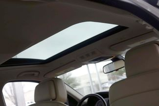2011 BMW 528i 1-OWNER * Navigation * Sunroof * Cold Weather Pkg Plano, Texas 9