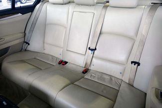 2011 BMW 528i 1-OWNER * Navigation * Sunroof * Cold Weather Pkg Plano, Texas 15