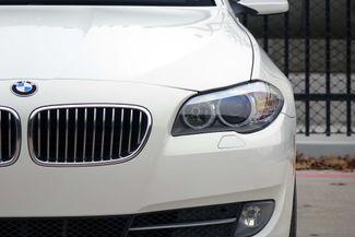 2011 BMW 528i 1-OWNER * Navigation * Sunroof * Cold Weather Pkg Plano, Texas 29