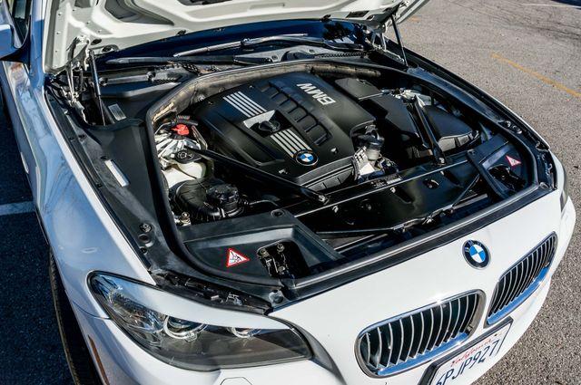 2011 BMW 528i  NAVI - PREMIUM - 102K MILES Reseda, CA 37