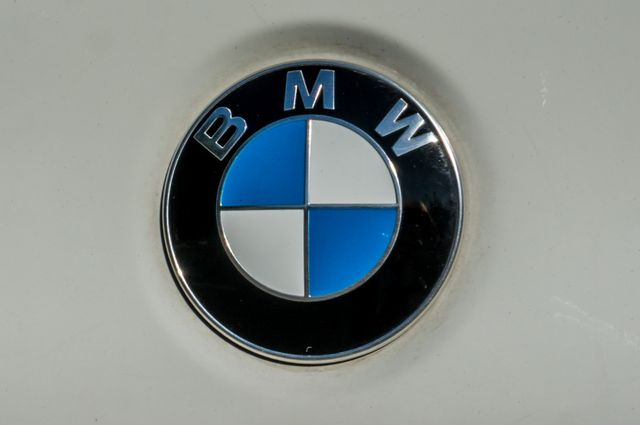 2011 BMW 528i  NAVI - PREMIUM - 102K MILES Reseda, CA 45