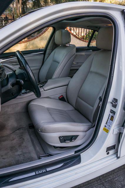 2011 BMW 528i  NAVI - PREMIUM - 102K MILES Reseda, CA 28