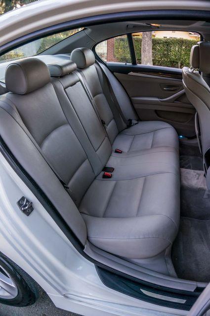 2011 BMW 528i  NAVI - PREMIUM - 102K MILES Reseda, CA 31