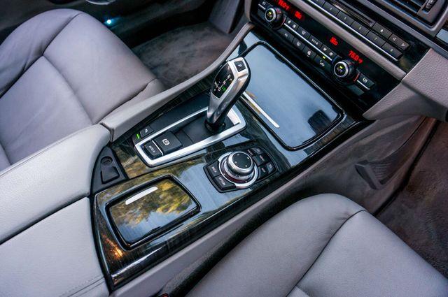 2011 BMW 528i  NAVI - PREMIUM - 102K MILES Reseda, CA 26