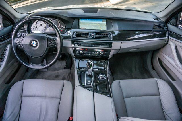 2011 BMW 528i  NAVI - PREMIUM - 102K MILES Reseda, CA 16