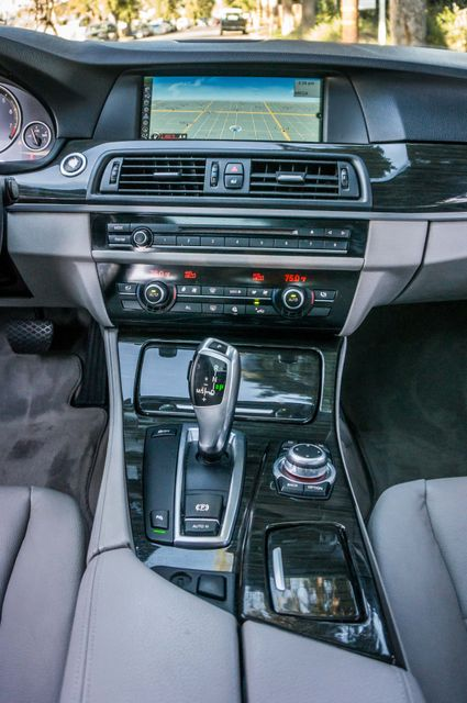 2011 BMW 528i  NAVI - PREMIUM - 102K MILES Reseda, CA 21