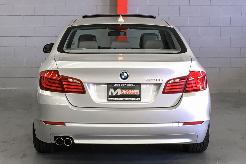 2011 BMW 528i   city CA  M Sport Motors  in Walnut Creek, CA
