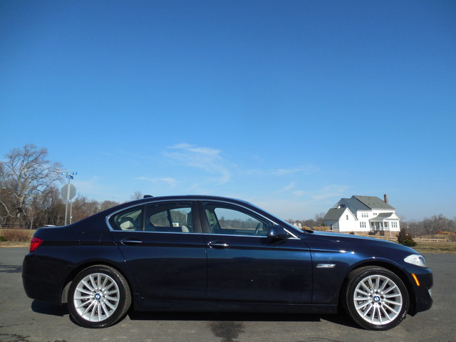 2011 BMW 535i Leesburg, Virginia 4