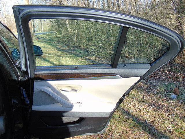 2011 BMW 535i Leesburg, Virginia 34