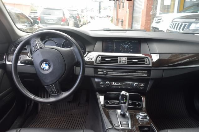 2011 BMW 535i xDrive 4dr Sdn 535i xDrive AWD Richmond Hill, New York 9