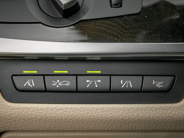 2011 BMW 550i Burbank, CA 16