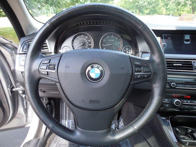 2011 BMW 550i Leesburg, Virginia 17