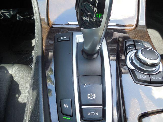 2011 BMW 550i Leesburg, Virginia 32