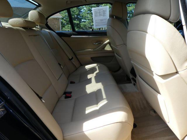 2011 BMW 550i Leesburg, Virginia 11