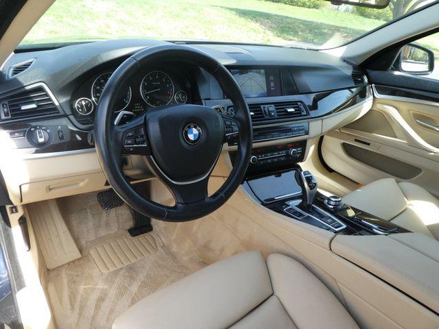 2011 BMW 550i Leesburg, Virginia 15