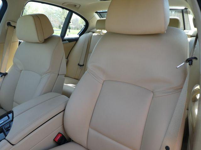 2011 BMW 550i Leesburg, Virginia 8