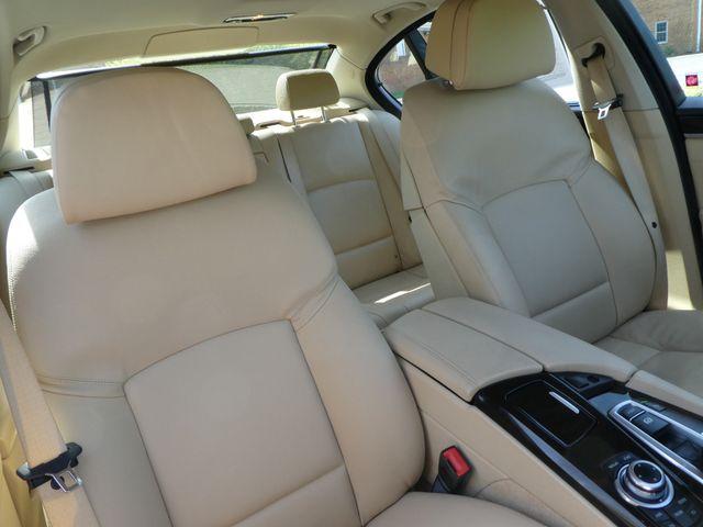 2011 BMW 550i Leesburg, Virginia 9