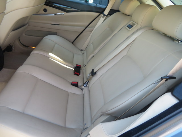 2011 BMW 550i xDrive Gran Turismo Charlotte-Matthews, North Carolina 6