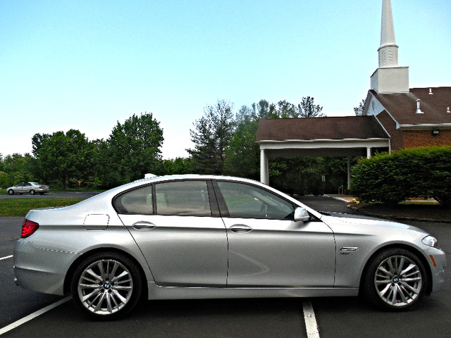 2011 BMW 550i xDrive Leesburg, Virginia 4