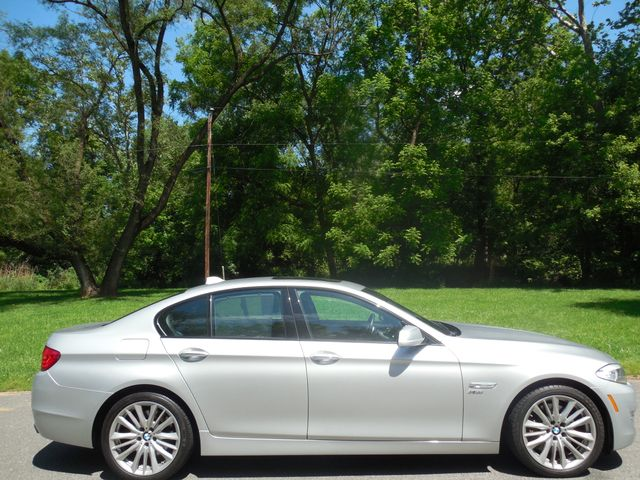 2011 BMW 550i xDrive Leesburg, Virginia 6
