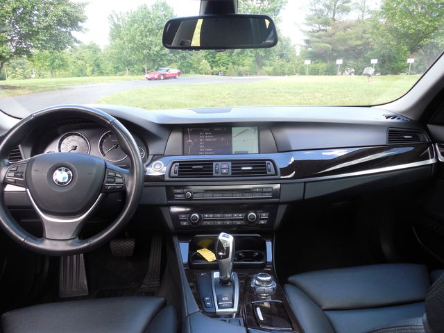 2011 BMW 550i  XDrive Leesburg, Virginia 16