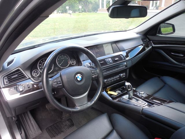 2011 BMW 550i  XDrive Leesburg, Virginia 10