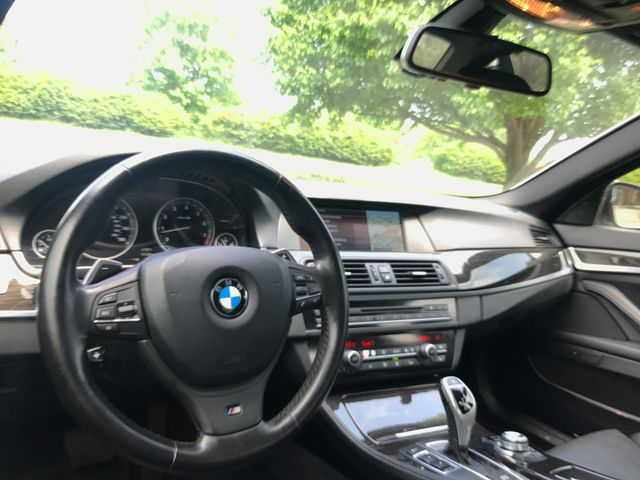 2011 BMW 550i xDrive M SPORT PKG Leesburg, Virginia 19