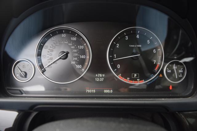 2011 BMW 550i xDrive 4dr Sdn 550i xDrive AWD Richmond Hill, New York 12