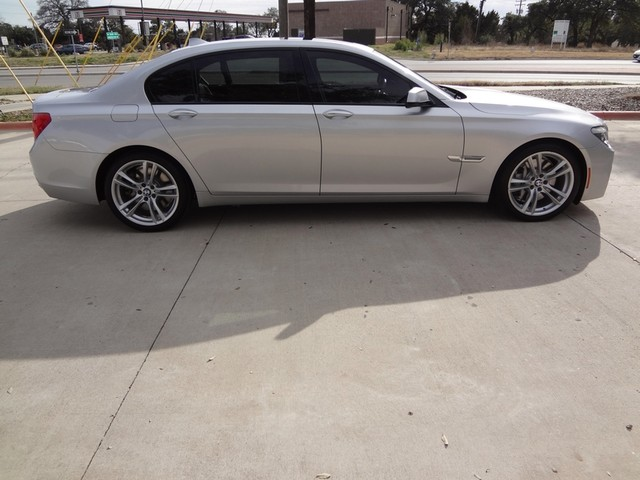2011 BMW 7 Series  LWB Austin , Texas 6
