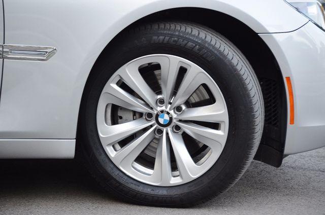 2011 BMW 740Li Reseda, CA 26