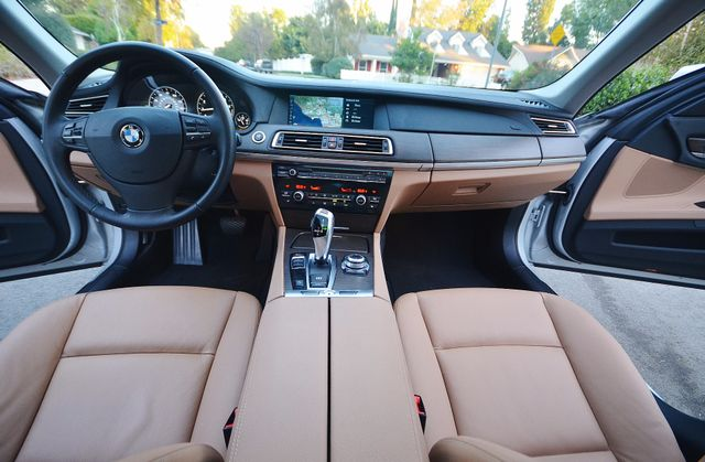 2011 BMW 740Li Reseda, CA 5