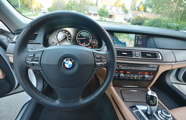 2011 BMW 740Li Reseda, CA 4