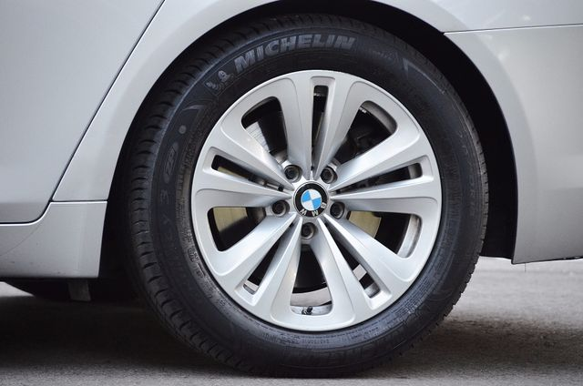 2011 BMW 740Li Reseda, CA 18