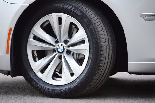 2011 BMW 740Li Reseda, CA 19