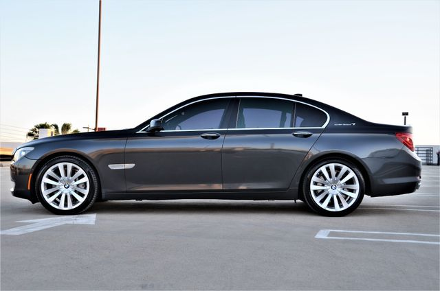 2011 BMW 750i ActiveHybrid Reseda, CA 22