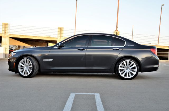 2011 BMW 750i ActiveHybrid Reseda, CA 9