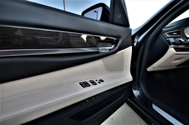 2011 BMW 750i ActiveHybrid Reseda, CA 37