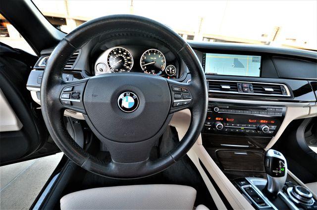 2011 BMW 750i ActiveHybrid Reseda, CA 39
