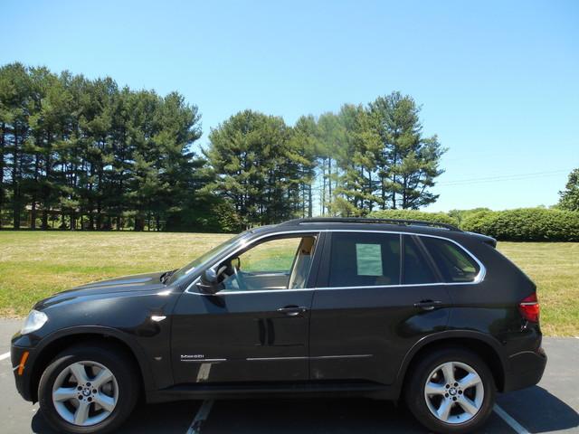 2011 BMW X5 xDrive 50i Leesburg, Virginia 4