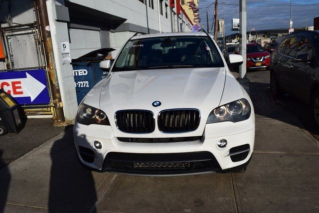2011 BMW X5 xDrive35i Richmond Hill, New York 2