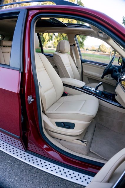 2011 BMW X5 xDrive35i  AUTO - 84K MILES - SUNROOF - 3RD ROW Reseda, CA 30