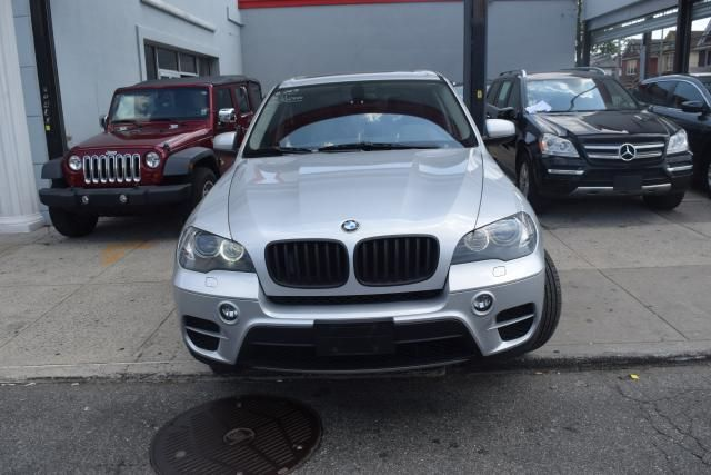 2011 BMW X5 xDrive50i 50i Richmond Hill, New York 2
