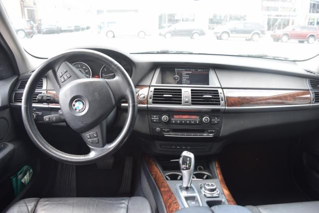 2011 BMW X5 xDrive50i 50i Richmond Hill, New York 10