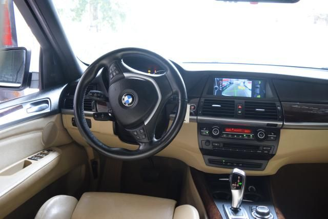 2011 BMW X5 xDrive50i 50i Richmond Hill, New York 11